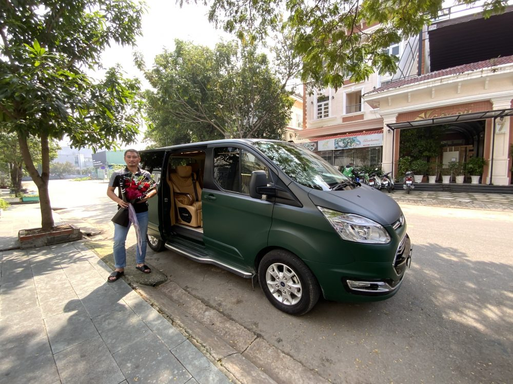 dcar limited ford tourneo green real 6